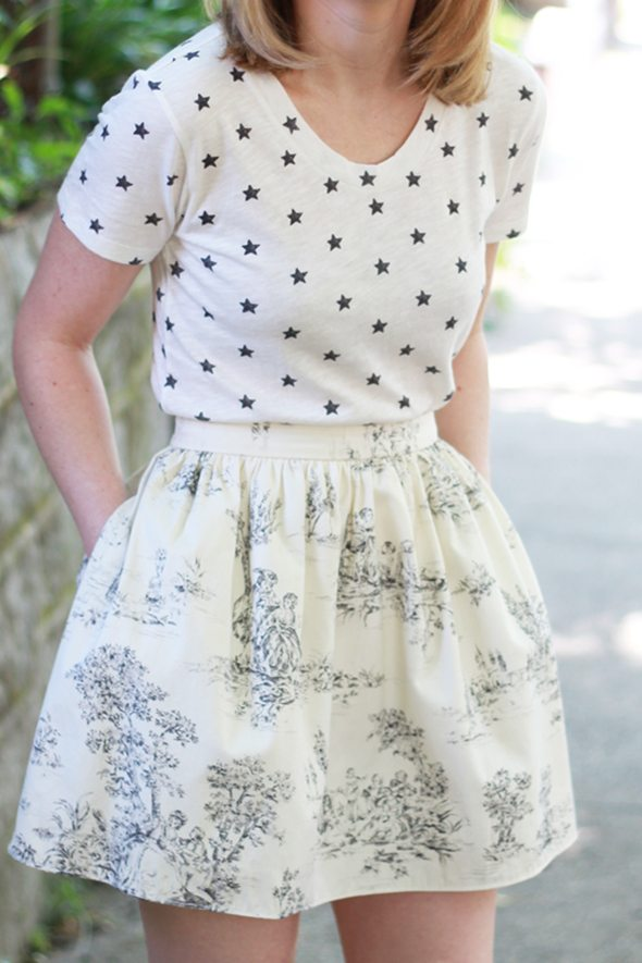 Poor Little It Girl - Mixing Prints with J.Crew Star Print T-Shirt