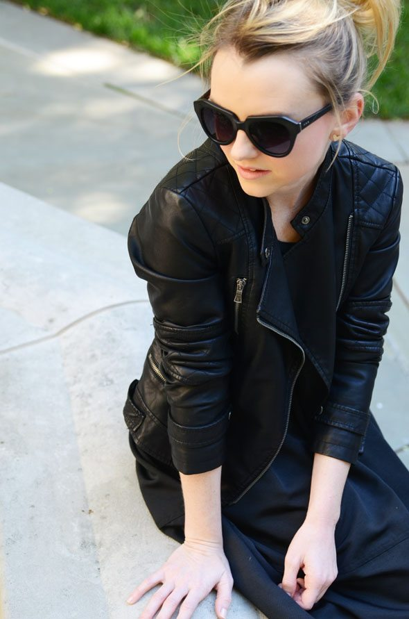 How To Wear Head To Toe Black
