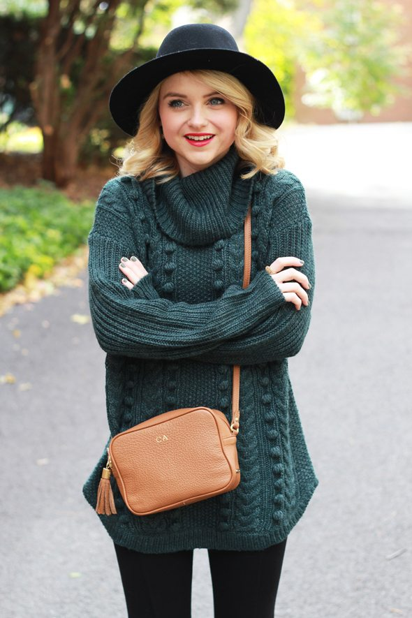Poor Little It Girl - Green Oversized Sweater, Black Leggings and Black Wool Hat