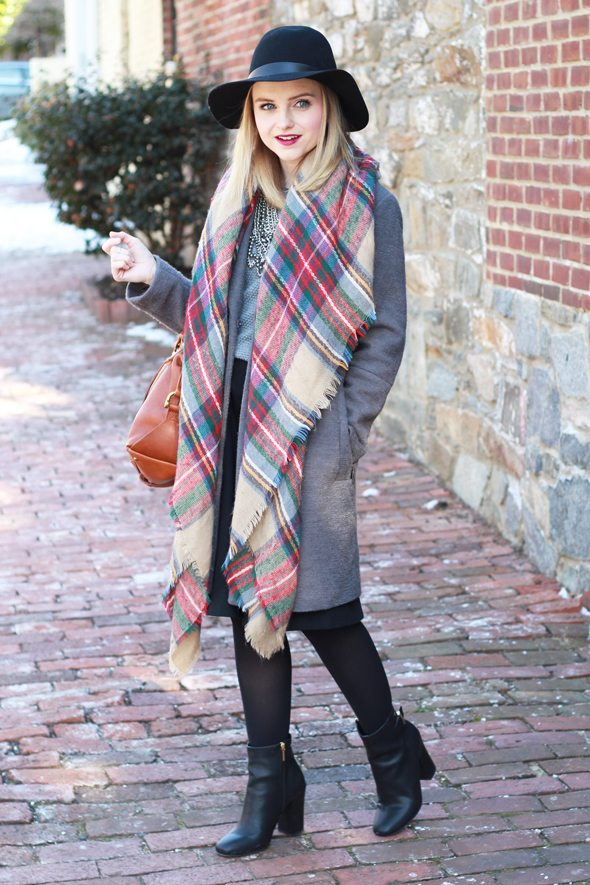 Poor Little It Girl - Gray Oversized Coat, Plaid Blanket Scarf and Black Midi Skirt