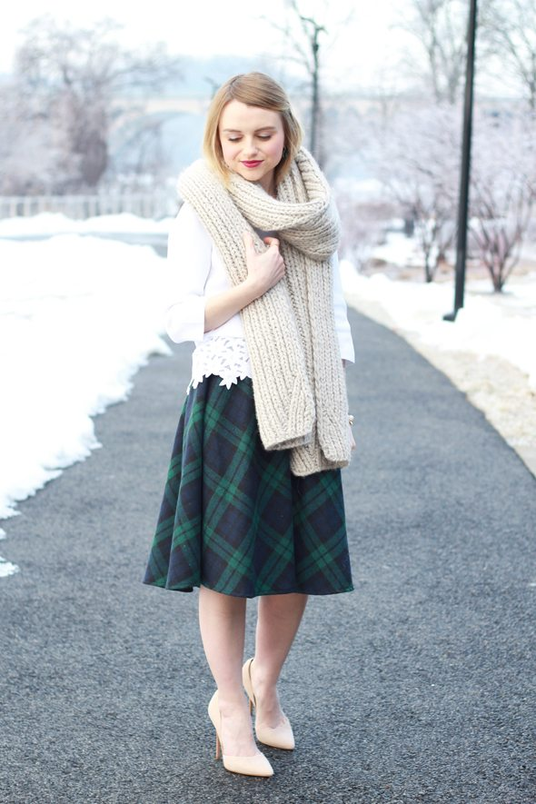 Poor Little It Girl - White Lace Sweater and Green Tartan Midi Skirt