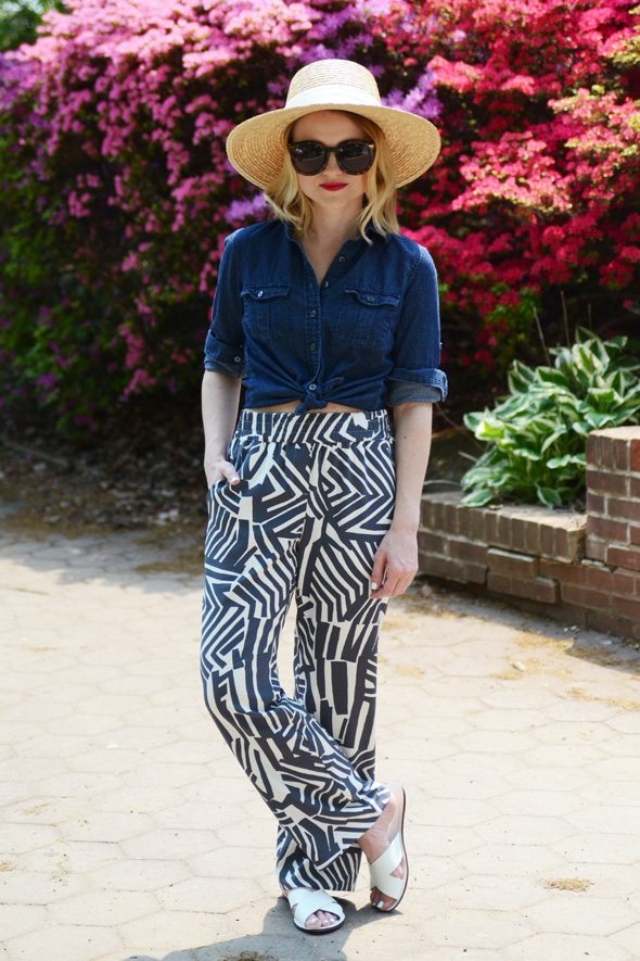 Printed Pants via @poorlilitgirl
