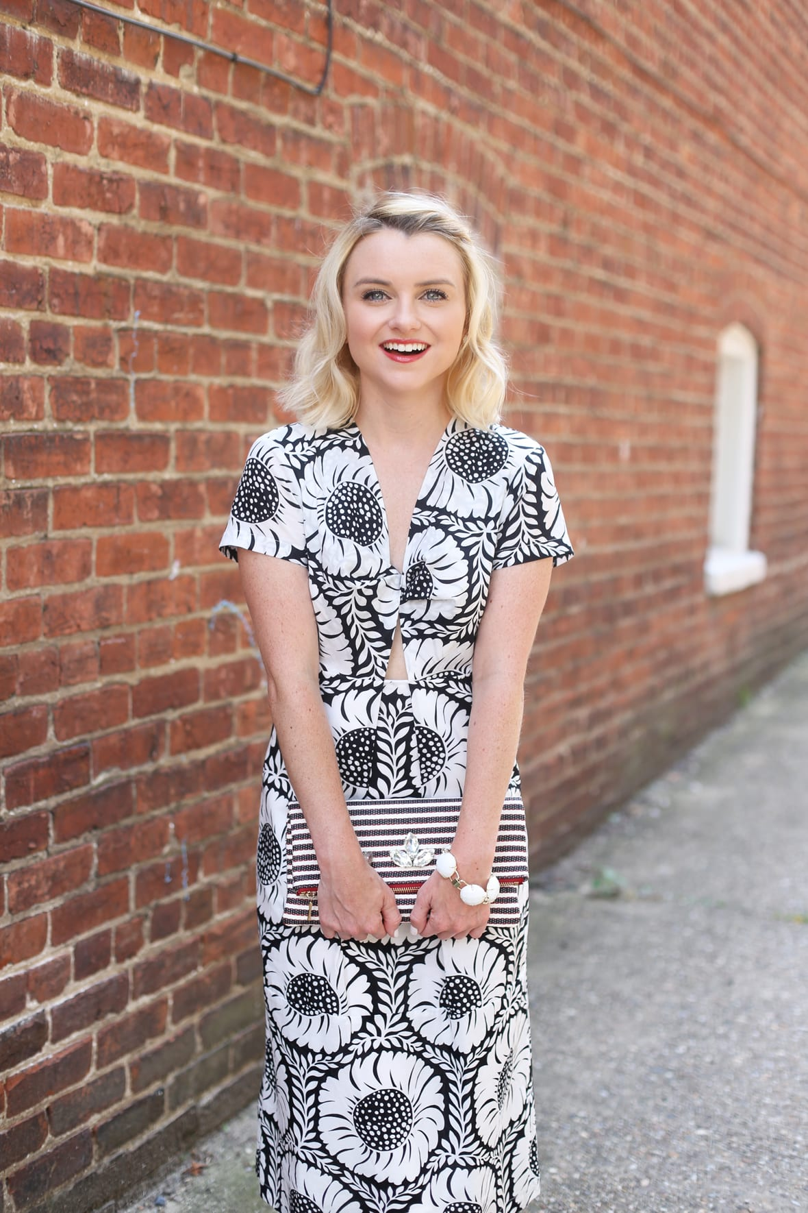 Black and White Printed Cut Out Midi Dress on Poor Little It Girl - @poorlilitgirl