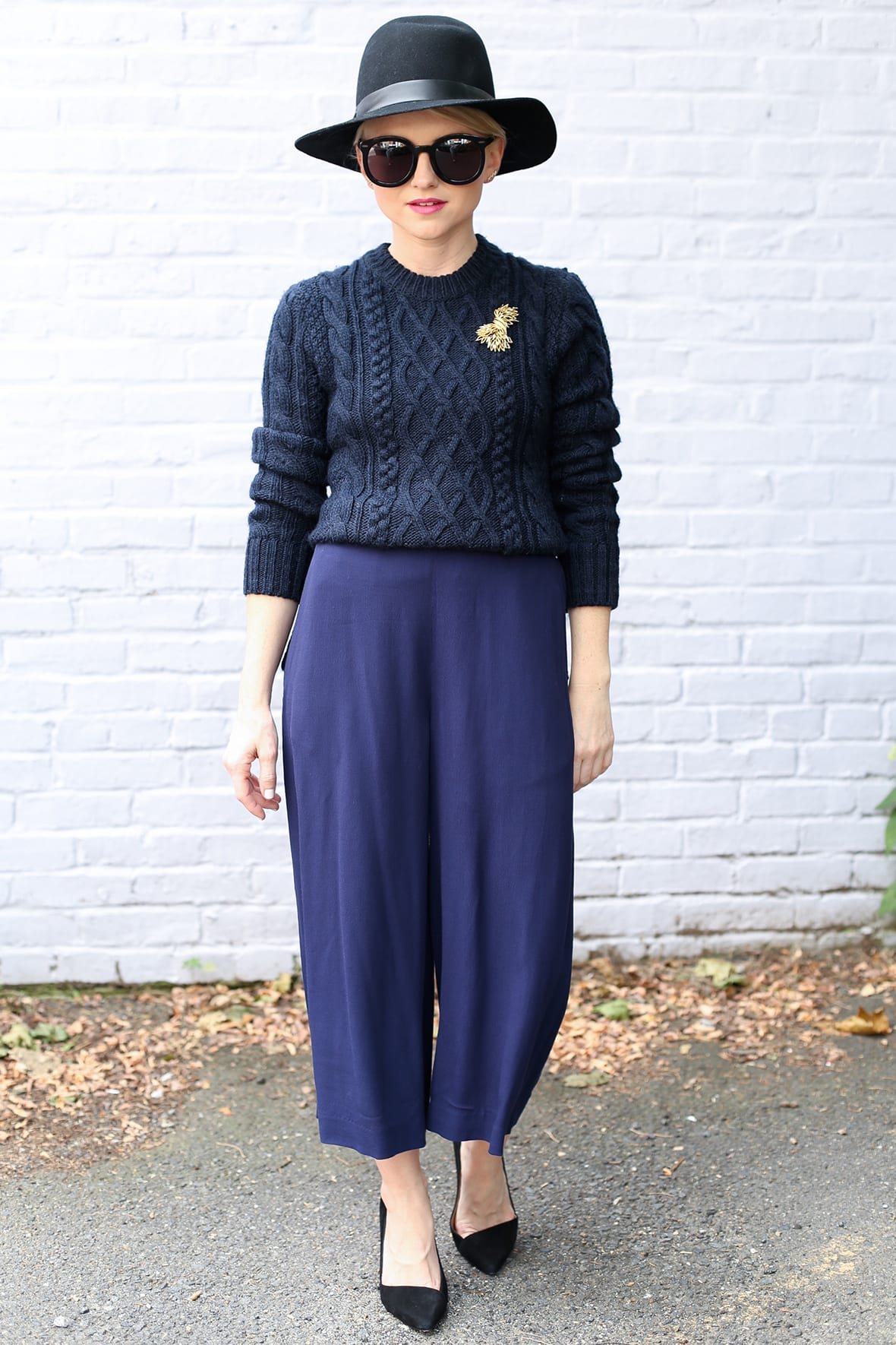 navy and black outfit for fall Poor Little It Girl