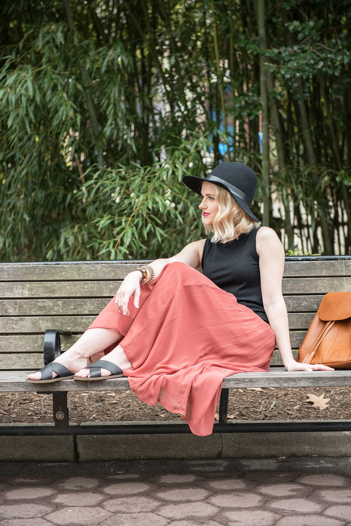Poor Little It Girl - A Day At The Zoo - @poorlilitgirl