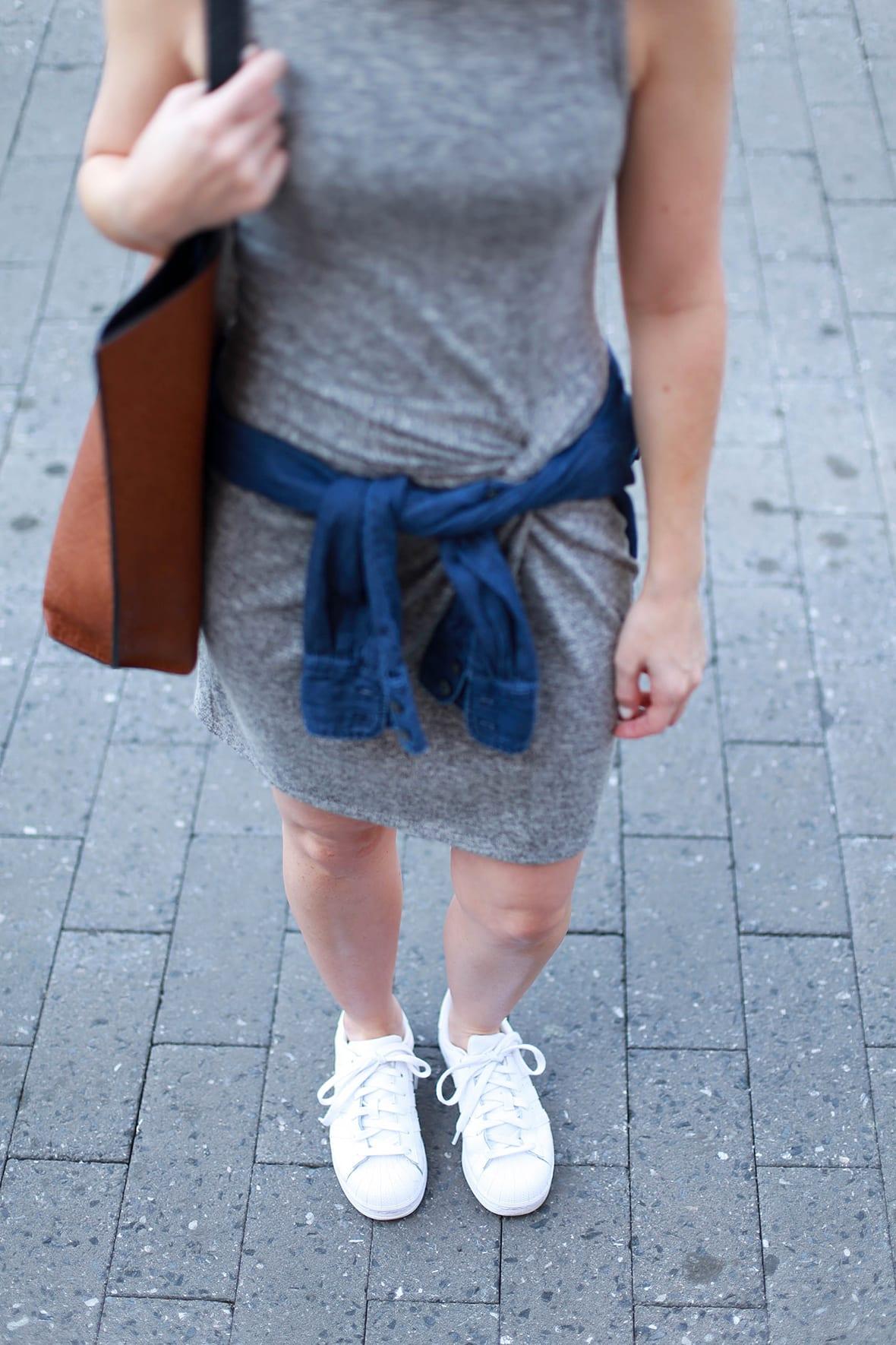 Poor Little It Girl - Abercrombie Knot Front Dress - @poorlilitgirl