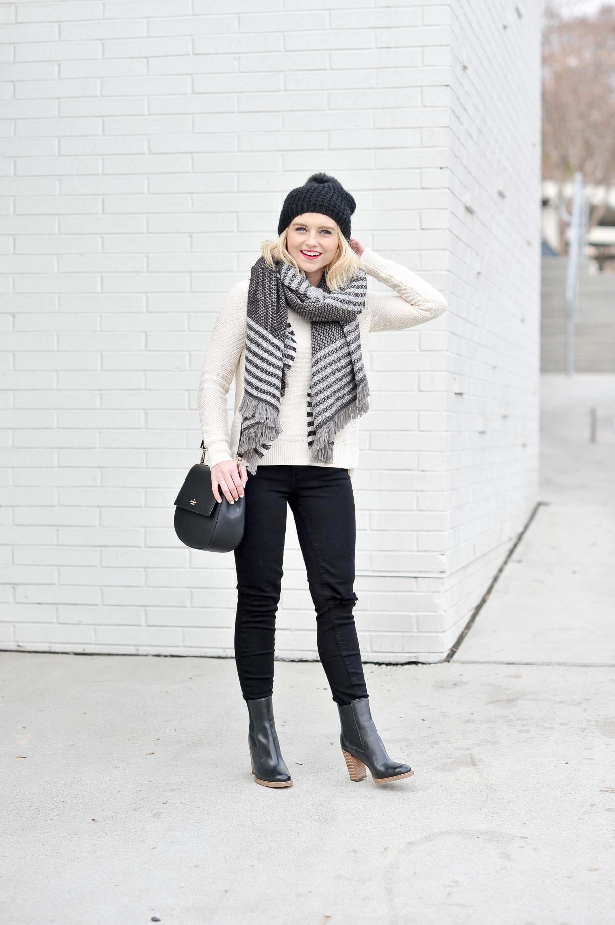 How To Style Black Destructed Jeans - Poor Little It Girl