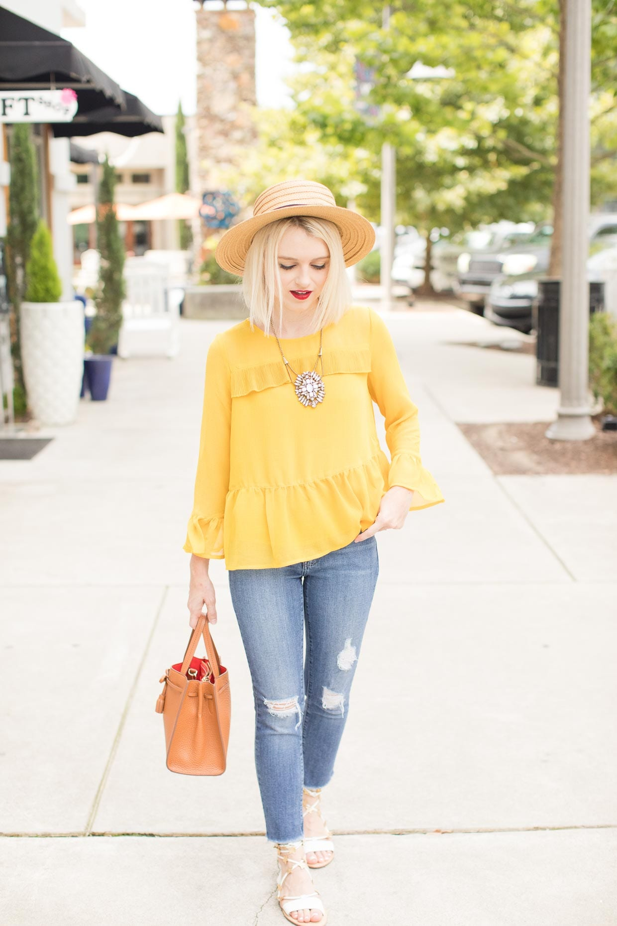 How To Style A Yellow Blouse 105