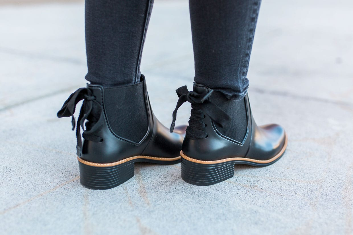 Fashion style Boots rain with bows on back photo for girls